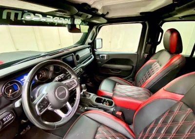 2020 jeep wrangler unlimited sahara 4x4 4dr suv 12