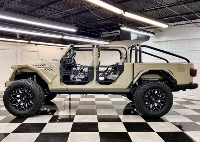 2020 Custom Jeep Gladiator Mojave