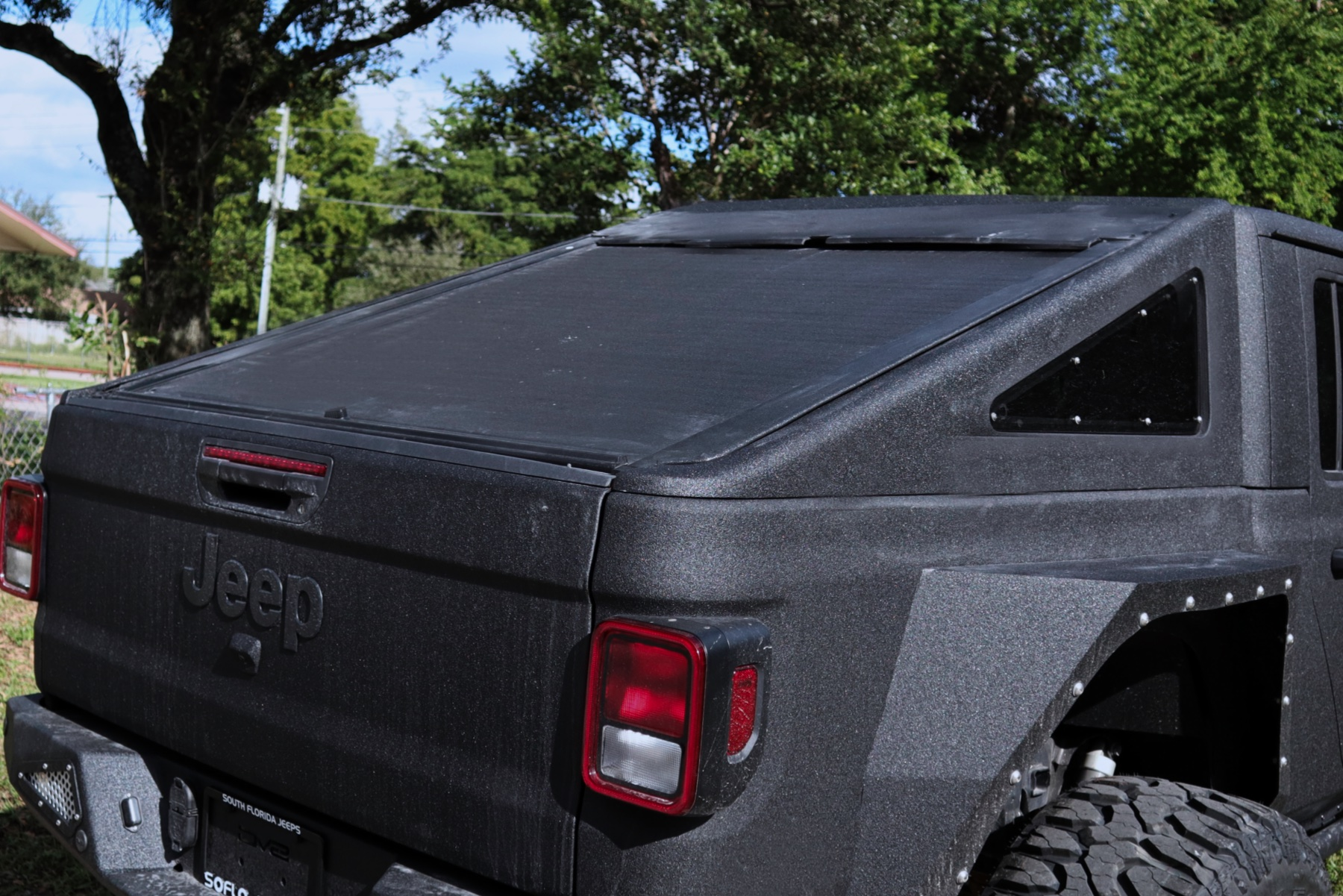 HumVee Black 1