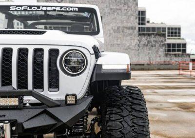 2021 jeep gladiator mojave 4x4 4dr crew cab 5 0 ft sb 10